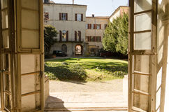 Courtyard historic palace in italy Stock Photos