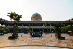 Courtyard of Sultan Abdul Samad Mosque (KLIA Mosque) Royalty Free Stock Photos