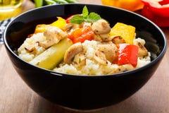 Cous cous com vegetarianos foto de stock