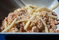 Couscous mit Käse Stockfoto