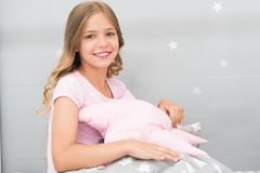 Coussins adorables pour votre chambre d'enfant Oreiller mignon d'étreinte d'enfant de fille Oreillers mignons d'enfants qu'ils ai photo stock