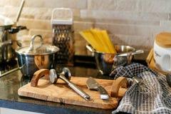 Couteaux d'ustensiles de cuisine Photo stock