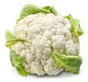 Couve-flor crua, vegetal inteiro no fundo branco Imagem de Stock