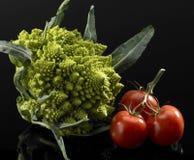 Couve-flor e tomates foto de stock