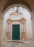 Couvent de rue Benedetto. Conversano. Apulia. Photographie stock libre de droits