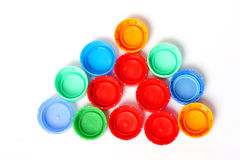 Couvercles en plastique colorés de bouteille Photo stock
