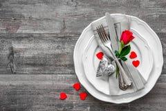 Couvert de table de jour de valentines images stock