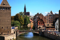 couverts france ponts strasbourg Royaltyfria Foton