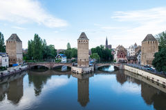 Couverts Les Ponts De Straßburg stockbilder