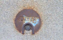 Couverture publique en métal d'utilités de l'eau Photos libres de droits