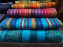 couvertures colouful d'alpaga au marché de Spitalfields, Photo stock