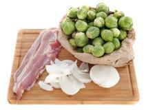 Couves, cebola e bacon de Bruxelas Foto de Stock Royalty Free