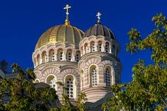 Couvre d'un dôme la nativité de la cathédrale du Christ, Riga, Lettonie Image stock