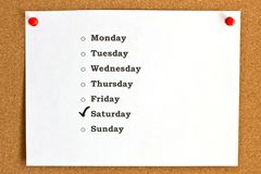 Couvrez avec des jours de la semaine et du samedi marqué, goupillés au c Image libre de droits