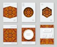Couvrez la brochure tribale géométrique décorative de livre d'ornement de cadre de modèle de conception abstraite colorée ethniqu Photo stock