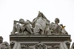 Couvrez la sculpture supérieure au palais de Hofburg, Vienne Photographie stock