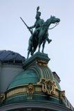 Couvrez la sculpture supérieure au palais de Hofburg, Vienne Photo stock