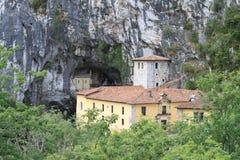 Covadonga grotta Royaltyfri Fotografi