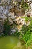 Covadonga Santa Cave een Katholiek heiligdom Asturias royalty-vrije stock afbeelding
