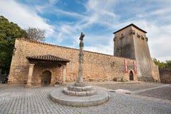 COVARRUBIAS,西班牙- 10月11 :塔和古老堡垒O的 免版税图库摄影
