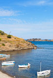 Cove av Portlligat i Catalonia Arkivbilder