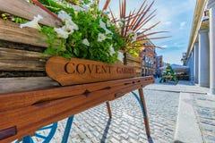 Covent Garden tecken royaltyfria bilder