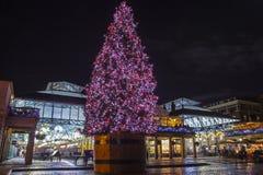 Covent trädgård på jul i London Royaltyfri Fotografi