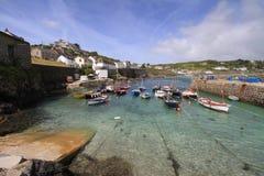 Cornish рыбацкий поселок Корнуэлл Англия Великобритания Стоковая Фотография RF