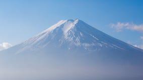Coverd della neve sopra la montagna di Fuji nel Giappone Fotografie Stock Libere da Diritti