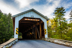 Covered bridge in rural Lancaster County, Pennsylvania. Stock Photography
