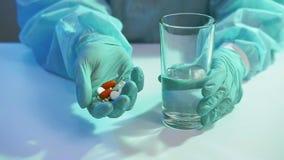 Covid-19 pandemic medication dosage doctor pills