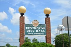 Covington Tennessee City Hall Washington Street royalty-vrije stock afbeeldingen