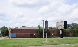 Covingtonmiddelbare school, Covington Tennessee stock foto's