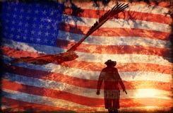 Cowboy al fondo con un'aquila - di tramonto rappresentazione 3D Immagine Stock Libera da Diritti
