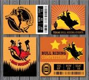 Cowboy del rodeo che guida un toro, retro manifesto di stile Fotografia Stock Libera da Diritti