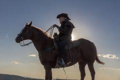 Cowboy, Howard Linscott schaut heraus über historischem letztem Dollar Ranc Stockfoto