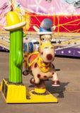 Cowboyhäst i ett nöjesfält Fotografering för Bildbyråer