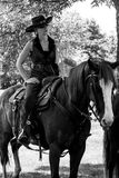 CowboyMounted skytte Royaltyfri Foto