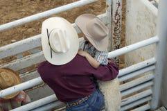 Cowboys, jeune et vieux photographie stock libre de droits