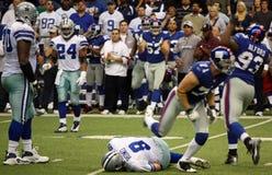 cowboys romo sacked tony στοκ εικόνα