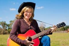 Cowgirl de la música country Imágenes de archivo libres de regalías