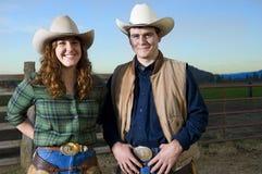 Cowgirl- und Cowboypaare Stockfotografie