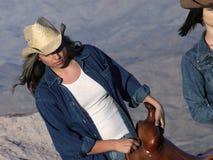 cowgirlworking royaltyfri fotografi