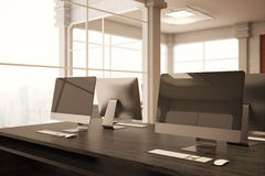 Coworking biuro z komputerami ilustracja wektor