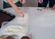 Coza cookies do Natal para a estação do Natal na padaria imagem de stock