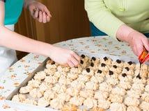 Coza cookies do Natal para a estação do Natal na padaria imagem de stock royalty free