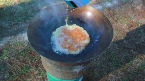 Cozimento da omeleta da carne de porco filme