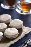 Cozimento Nevadas, pastelarias congeladas portuguesas com toupeiras de Ovos Fotografia de Stock Royalty Free