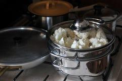 Cozimento saudável: Couve-flor Fotografia de Stock Royalty Free