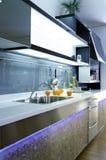 Cozinha 03 do projeto moderno fotografia de stock